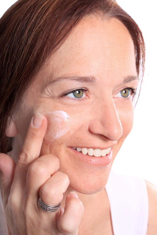 What skin products are appropriate to use with rosacea?
