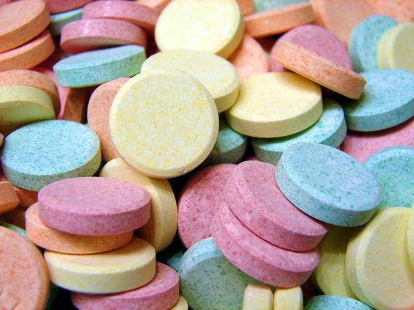 Could eating too many antacid tablets make you throw up?