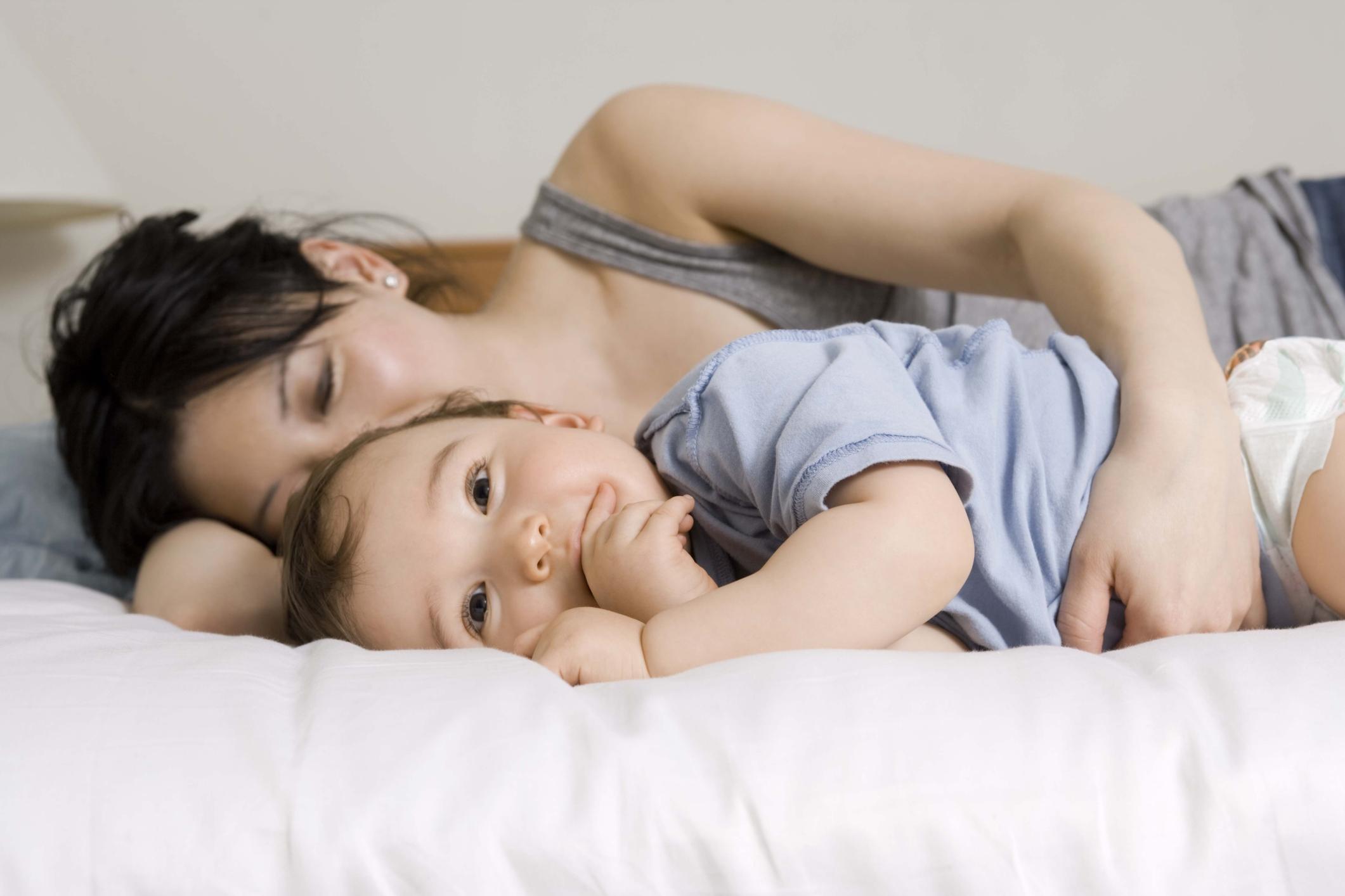 Секс малыш с мамами, Категория Мамочки - порно мамочки, секс мамочки 17 фотография