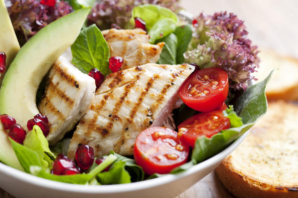 What kind of healthy dishes should I eat if i want to lose weight?