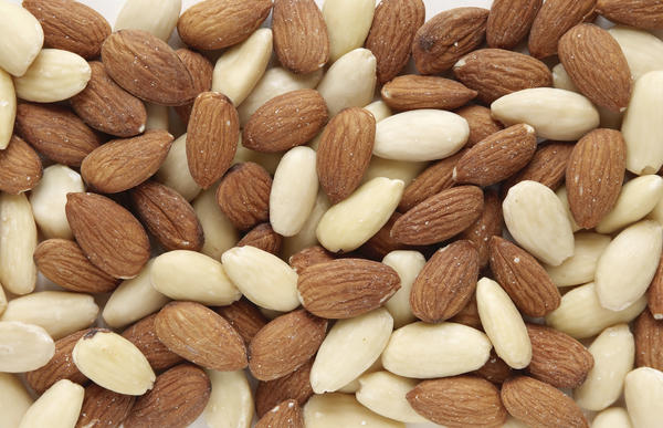 Are almonds a good source of calcium?