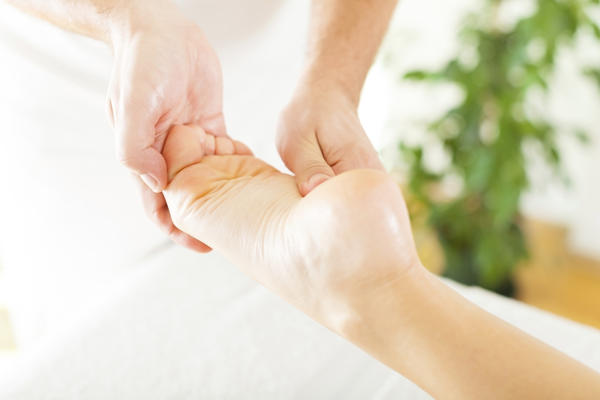 What type of injection would help Tarsal Tunnel syndrome left foot?