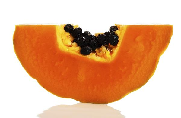 How many calories is in one cup of cubed papaya? I see 90 calories 62 calories and 55? Which one is the truth ?