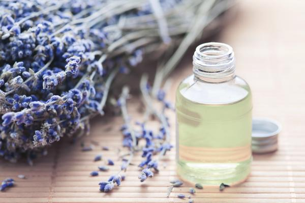 How long of a usage of lavender oil would cause gynecomastia? Would discontinuation stop development?
