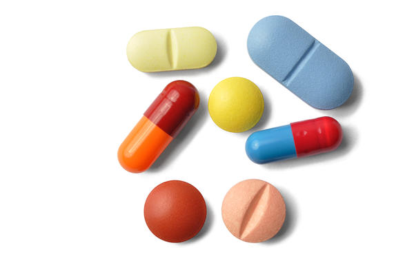 Can i take my vitamins with antibiotics?