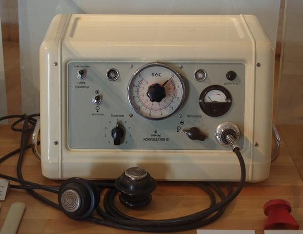 Is electroconvulsive therapy an effective treatment for dysthymic disorder?