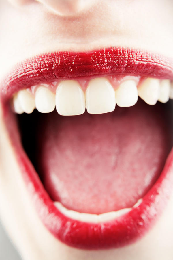 Please tell me, could a white tongue with red spots be anxiety?