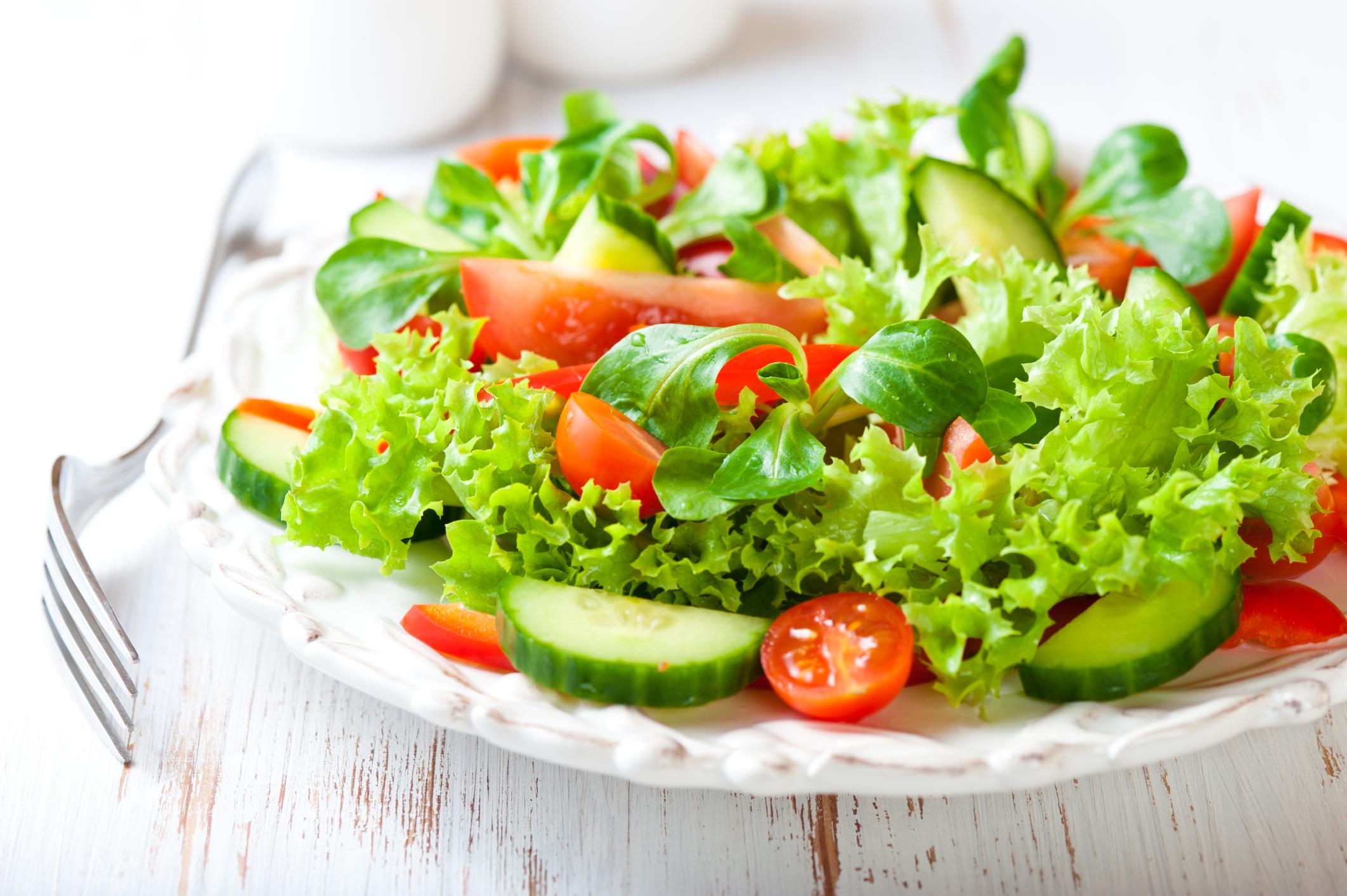 Салаты с добавлением фруктов рецепт с