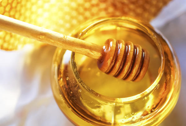 My 6 year-old son took my Manuka Honey 10+ and showed signs of hives hours later. Do you think the honey is the cause?