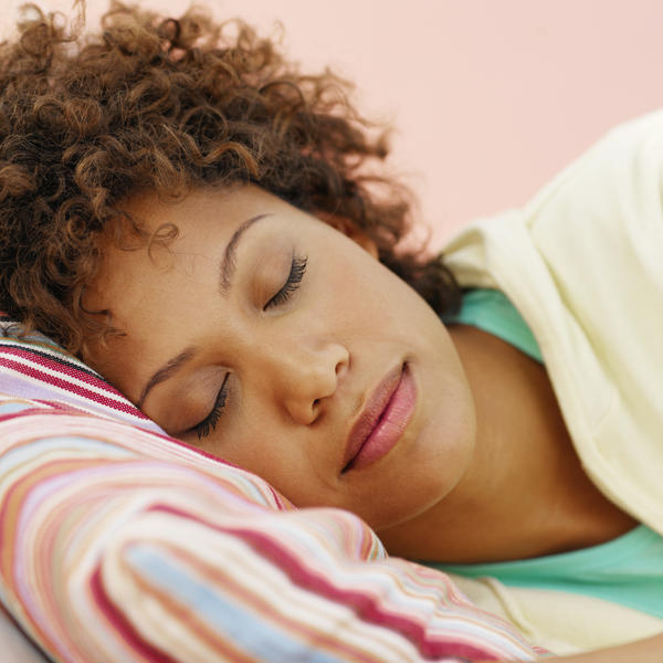 What is the difference between nocturnal panic attacks and sleep apnea?