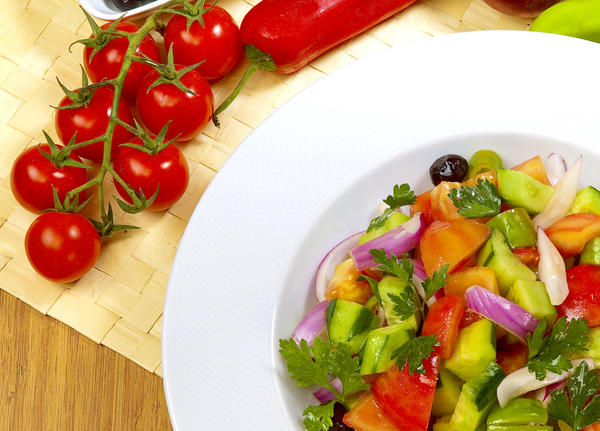 Which type of salad contains most vitamins and nutrients?