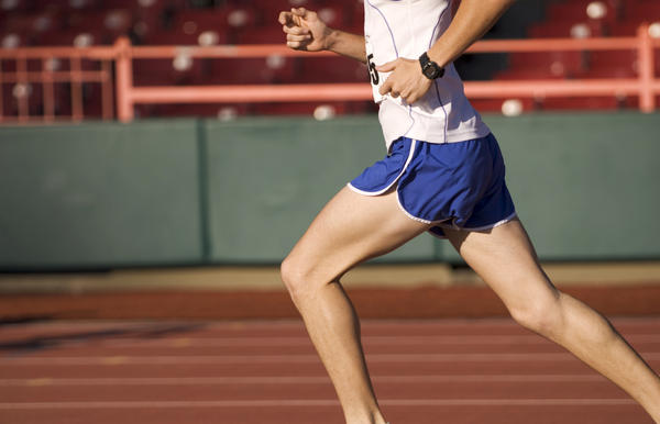 Can muscle cramping in the calf cause compartment syndrome?
