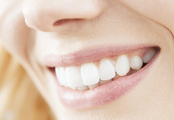 What is a good way to whiten your teeth at home?