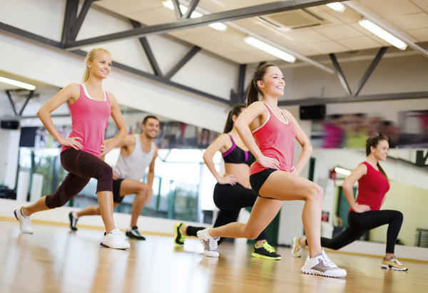 Which is better for you: aerobic exercise or lifting weights?