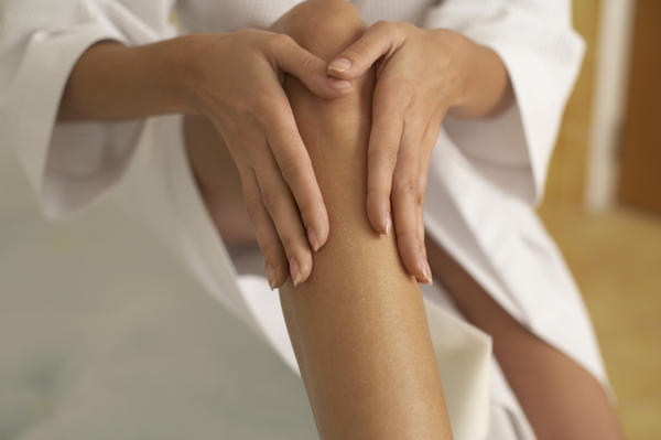 Can a vitamin b 12 deficiency cause itchy skin?