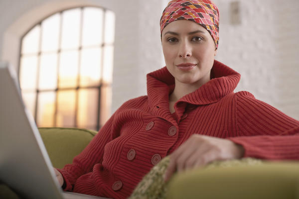 What are side effects of radiation therapy for ovarian cancer?