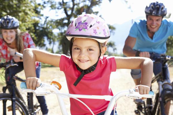 What physical activities are good for a child with sickle cell disease?