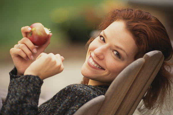How can I stay healthy by eating habits?