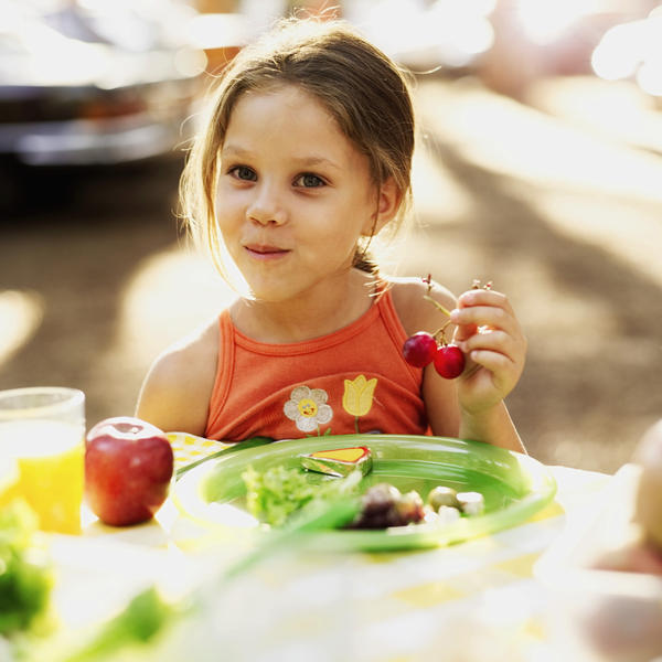 How to get kids to eat proper?