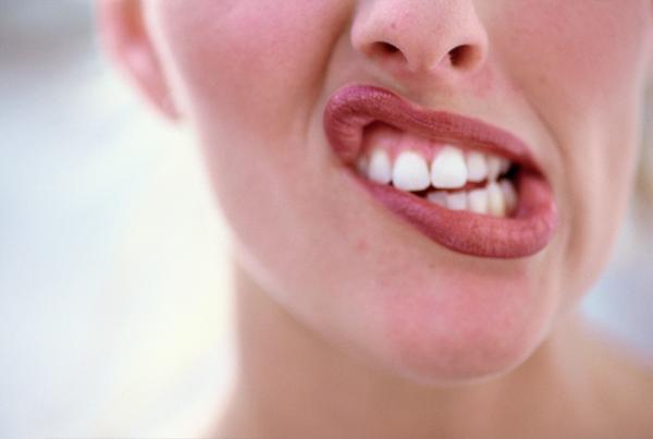 Will canker sores cause tooth aches?
