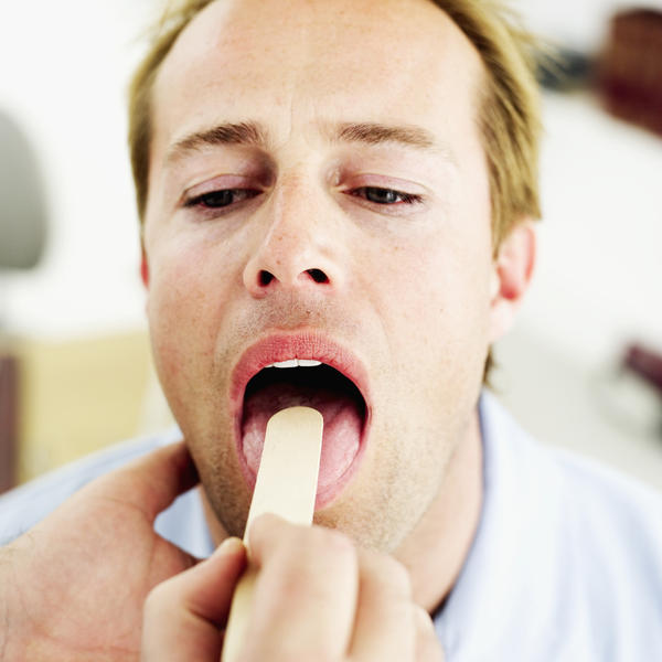 Can a sore throat start a gum infection?