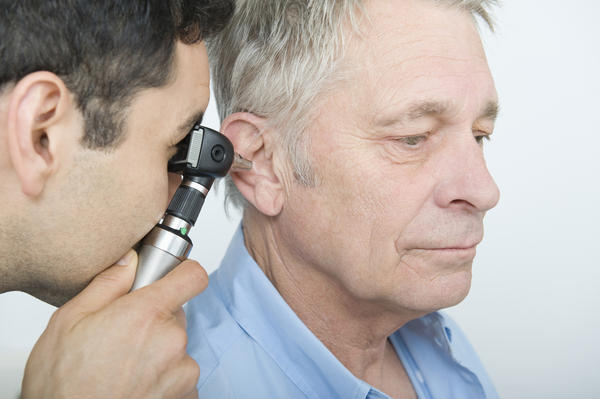 What can cause ear pain?