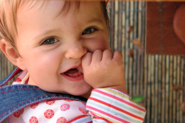 Can babies stary teething before six months?