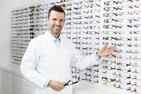 Why can't i get near sighted eyeglasses in stores?