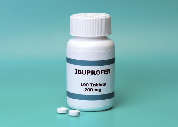 Can you take ibuprofen wen you are taken  flucloxacillin?