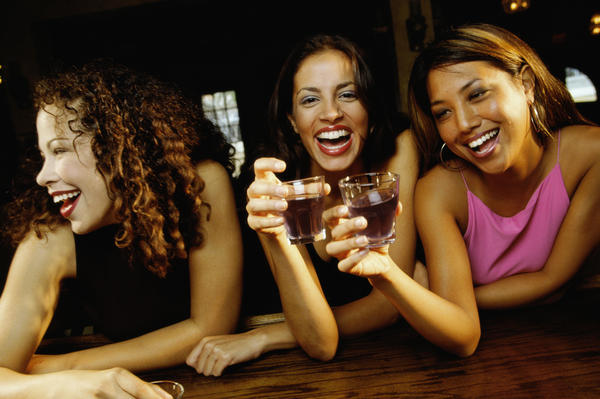 How long should you avoid alcohol for after getting the gonorrhea injection?