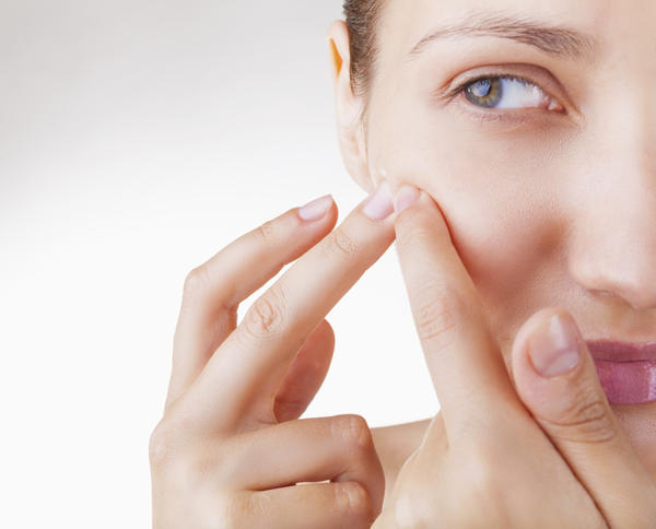 How to get rid off blind pimple overnight?