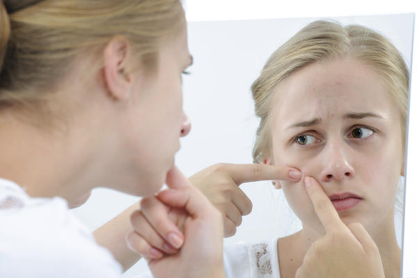 Please answer! what medication is prescribed in case of severe hormonal acne?