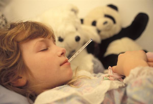 How is strep throat strep throat different from scarlet fever?