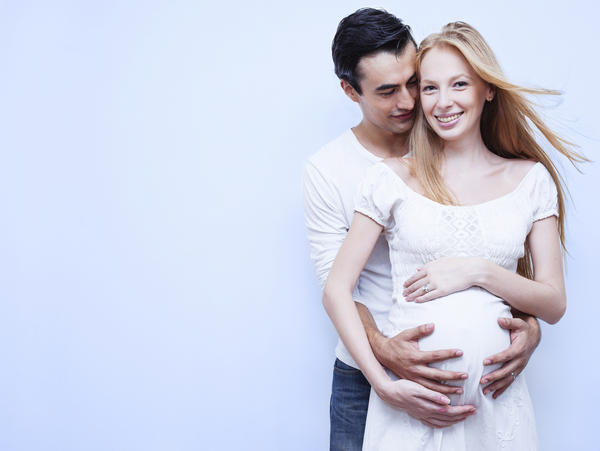 Can pregnant women use Apixaban?