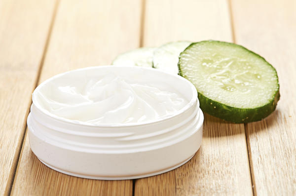Is propylene glycol in hair gel products bad for the hair?