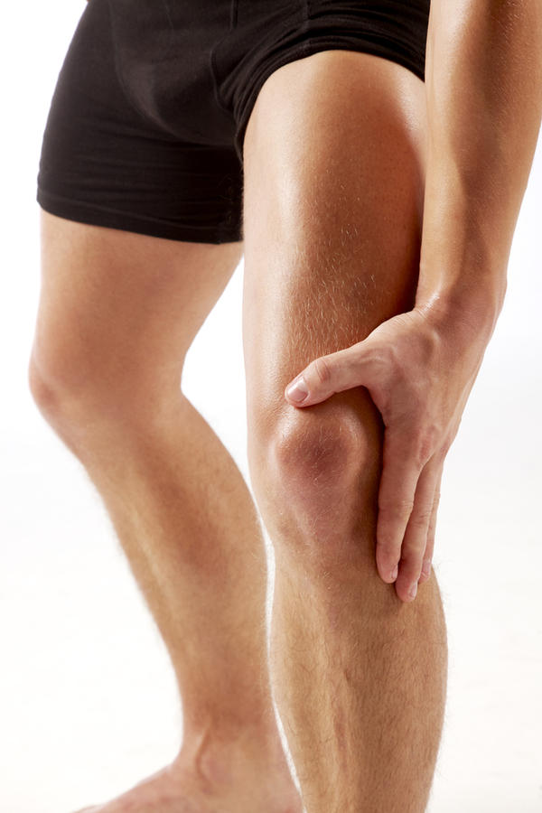 How long does it take for knee swelling to go down around upper knee after a hyperextended knee?
