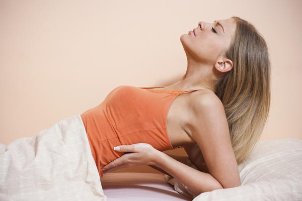 My girlfriend has extreme back pain!! How can I help her?