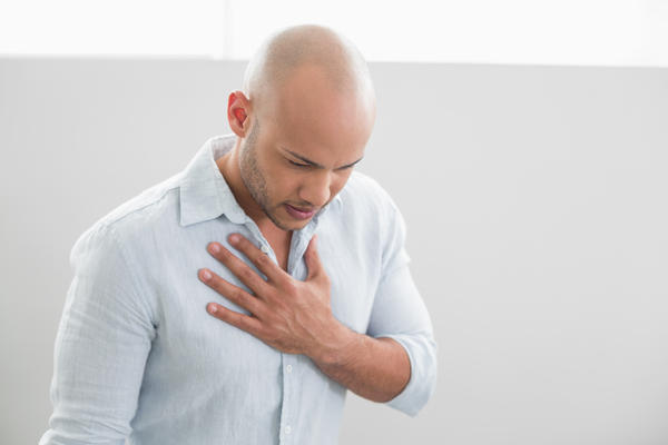 How long does pain below sternum associated with chest wall pain last?