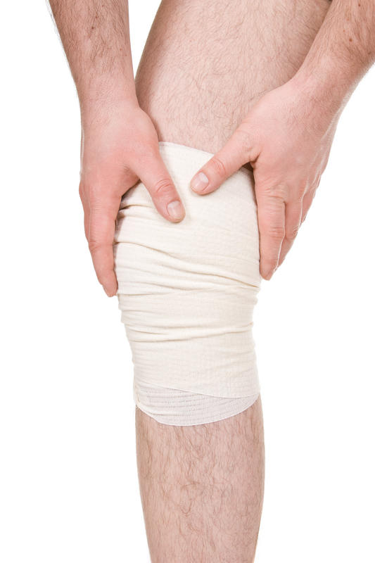 How long during recovery after a knee microfracture surgery does one continue to experience knee pain?