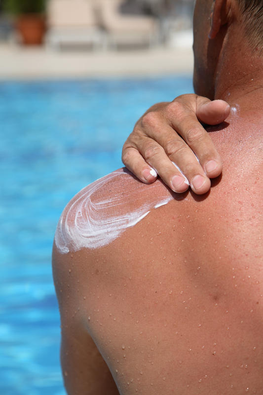 What are some ways to stop skin peeling after sunburn?