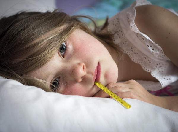 Is it possible to contract scarlet fever without developing a fever?