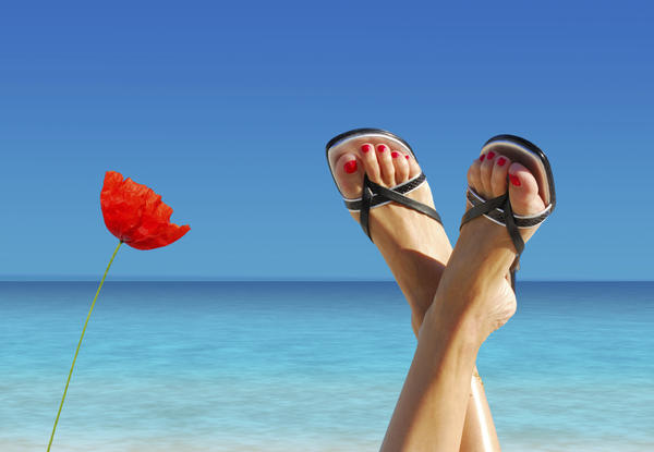 How is ionic foot detox similar to chelation therapy?