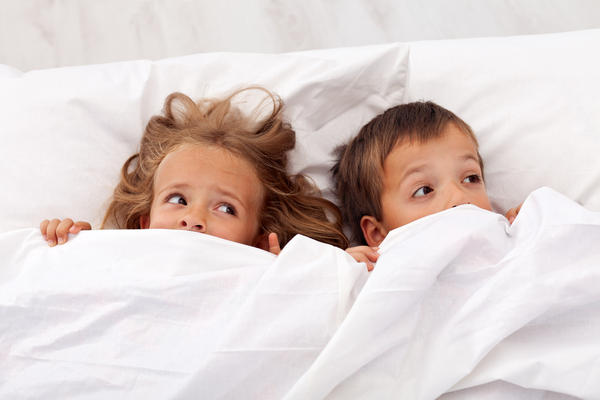 For bedwetting, in an 8 yr old child, what is the max amount of ddavp he can take each night?
