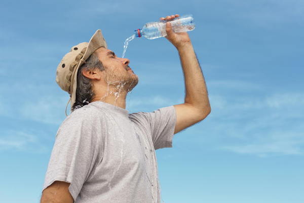 What is the best way to reduce dehydration?