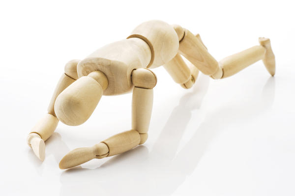 What are the advantages of artificial joints over transplant joints?