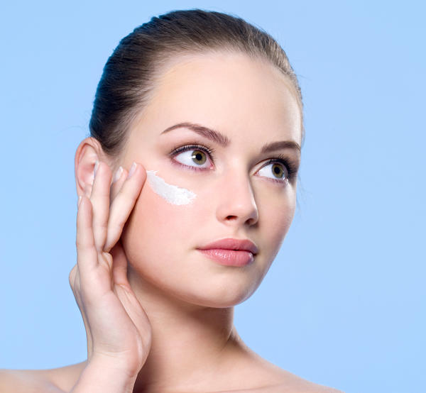 What is the right time and age to use anti-aging and anti-wrinkle products ?