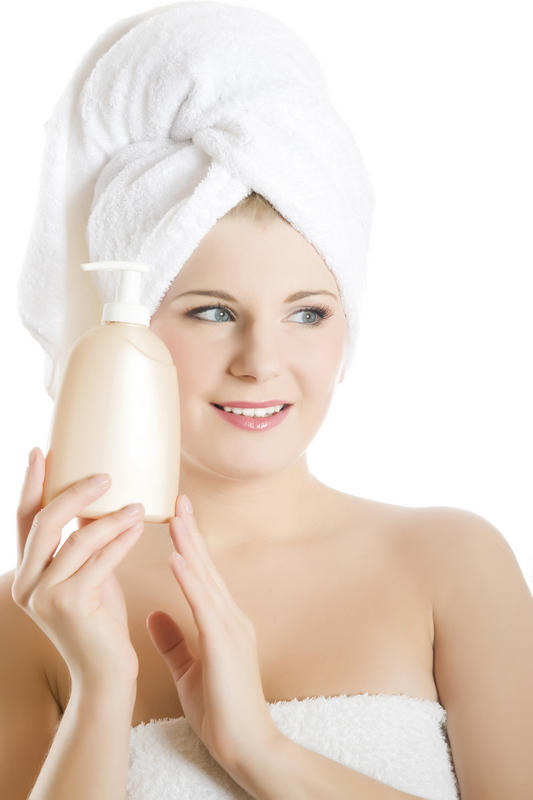 What ingredient in aveeno (oatmeal) would cause your eyes to water?