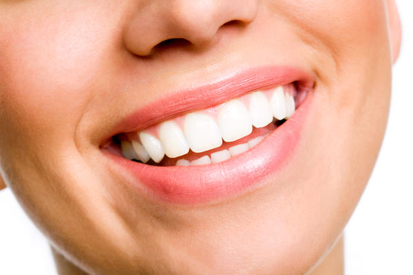 What are some options in cosmetic dentistry for patients with periodontal disease?