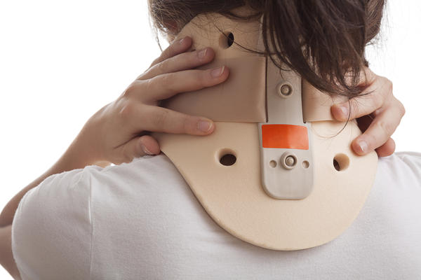 How long does it take to heal from a broken neck c7?