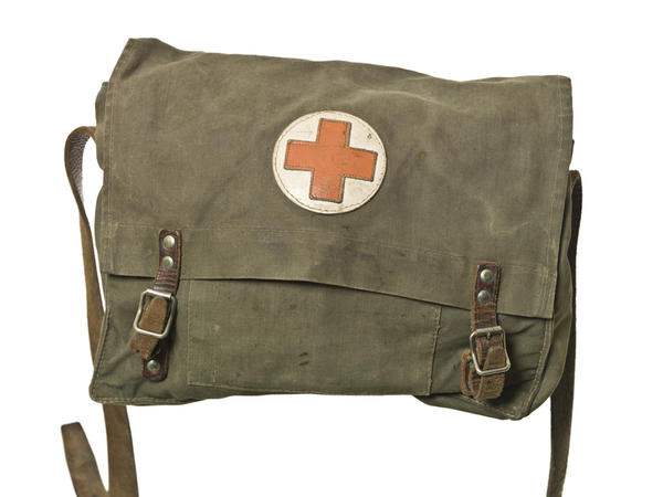 What is the best pocket knife for a medical first aid kit?